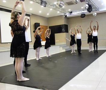 Ritmo Espaço de Dança -