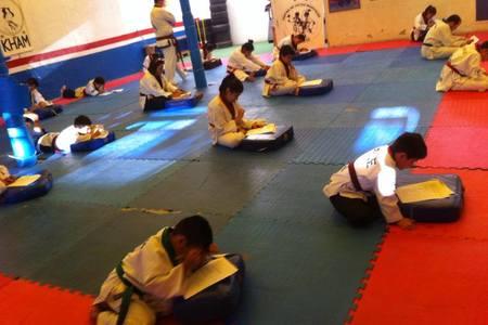 Centro de Artes Marciales Kham -