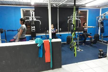 Estudio fifitness poledance Arica chile -