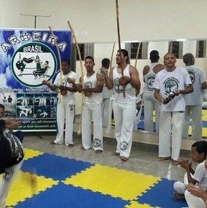 Associação de Capoeira Aroeira
