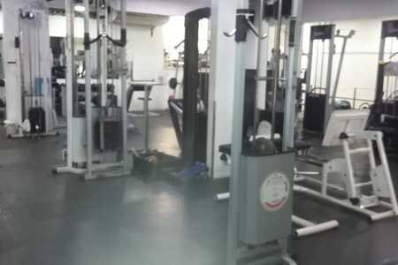Academia Ilha Fitness -