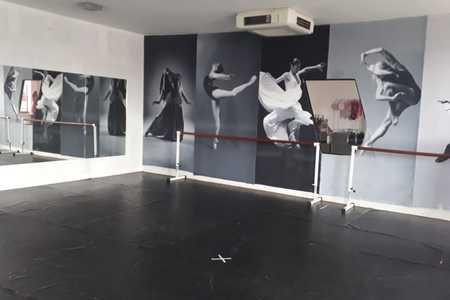 Studio Carol e Tais - Danças e Pilates -