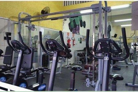 Academia Santiago Fitness -