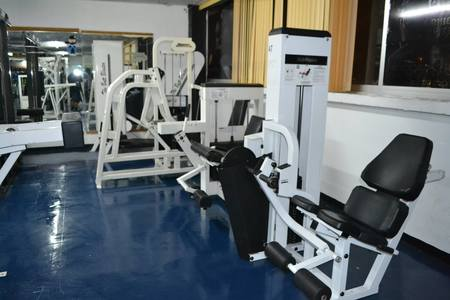 MIKE'S GYM FITNESS CLUB