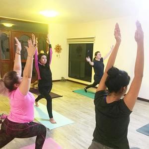 Casa de Yoga OM Stone