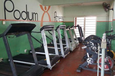 Academia Podium Fitness
