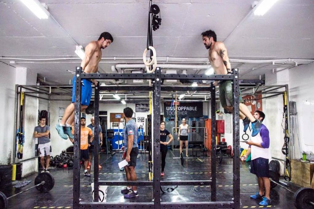 Gimnasio cross fit roca sat lite hacienda de echegaray for Gimnasio cerca de aqui