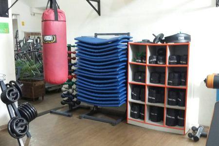 Academia Radical Fitness -