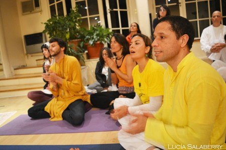 Sivananda Yoga -