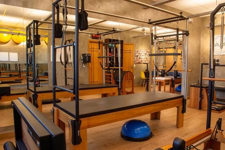 Studio Pilates Rosana Meneghetti - Unidade 1