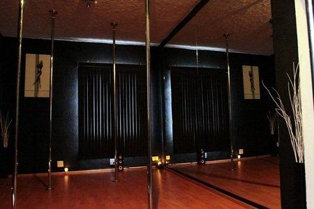 Pole Fit Studio - Nápoles -