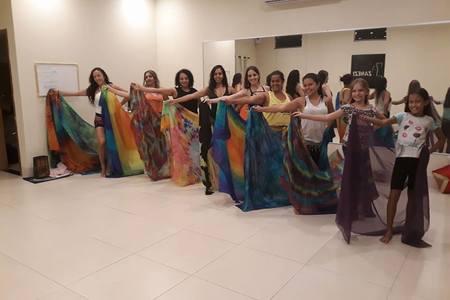 Estúdio de Dança do Ventre Letícia Zanezi