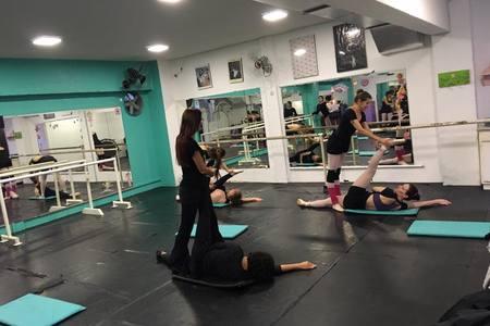 Escola de Dança Gesto's Ballet - Londrina