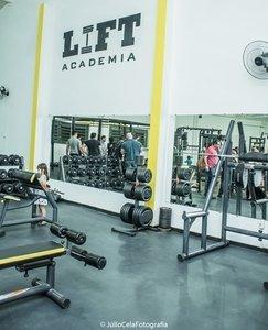 LIFT ACADEMIA -