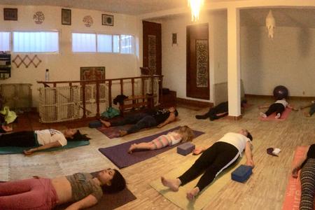 Espacio ānanda Yoga