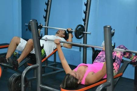 Academia Life Fitness -
