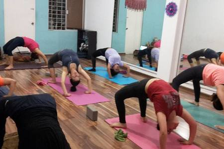 Prana Yoga / Fray Bartolome -