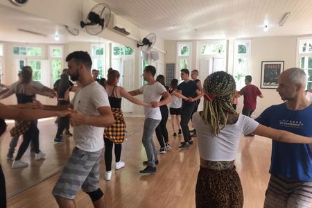 DANCE SHOW ESCOLA DE DANÇA