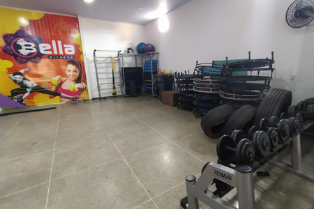 Academia Bella Fitness -