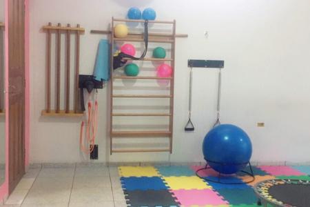 Studio Naiara Priscila Pilates E Fisioterapia