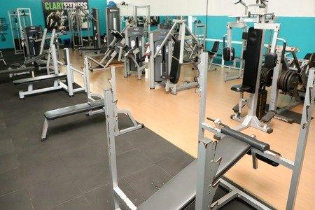 Academia Clart Fitness -
