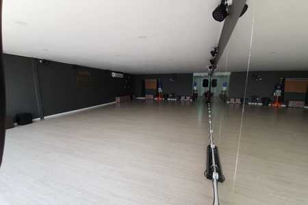 Poz-E Dance Studio