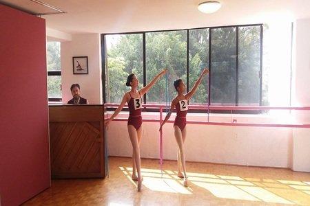 Pointé Dance Academy -