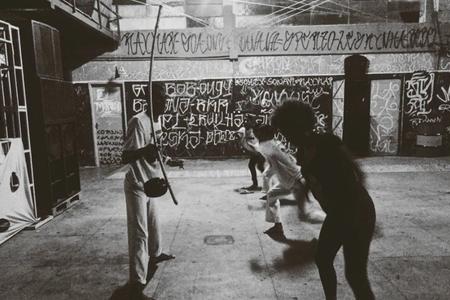 Abadá Capoeira – Pedro Mandinga