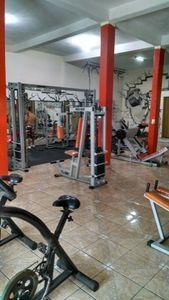 Academia Hermanos Fitness I