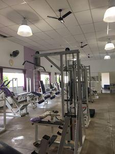 Academia M Q Fitness -