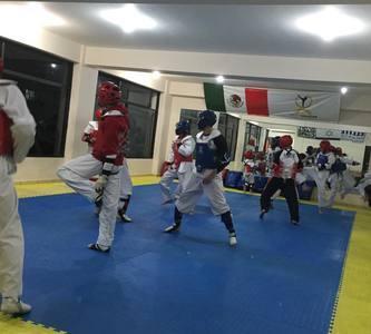 Academia de Formación Deportiva Iridia Salazar -